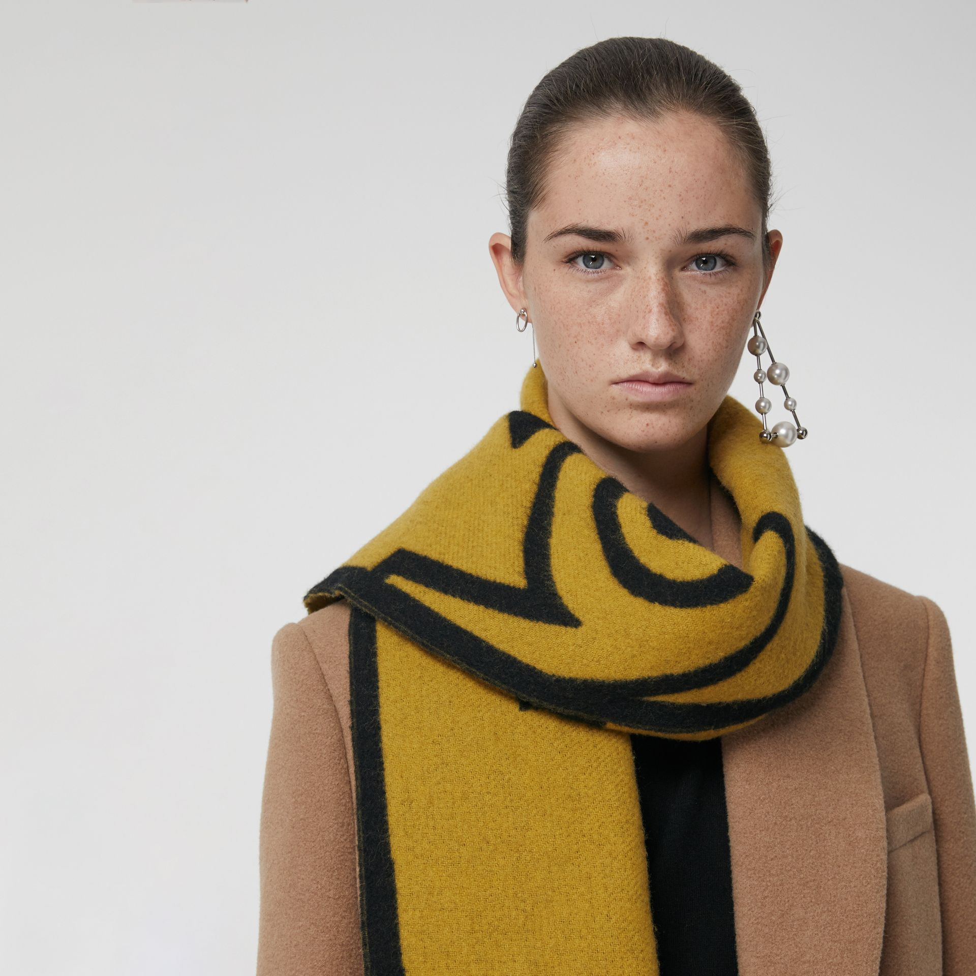 London Street Art Wool Cashmere Jacquard Scarf in Larch Yellow | Burberry United States - gallery image 4