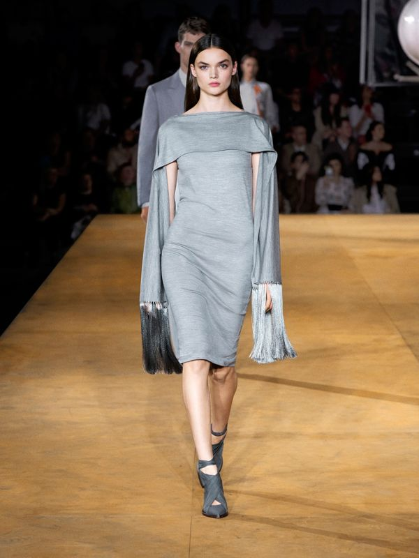 Merino Wool Sleeveless Dress with Fringed Capelet in Cloud Grey - Women | Burberry United Kingdom - cell image 2