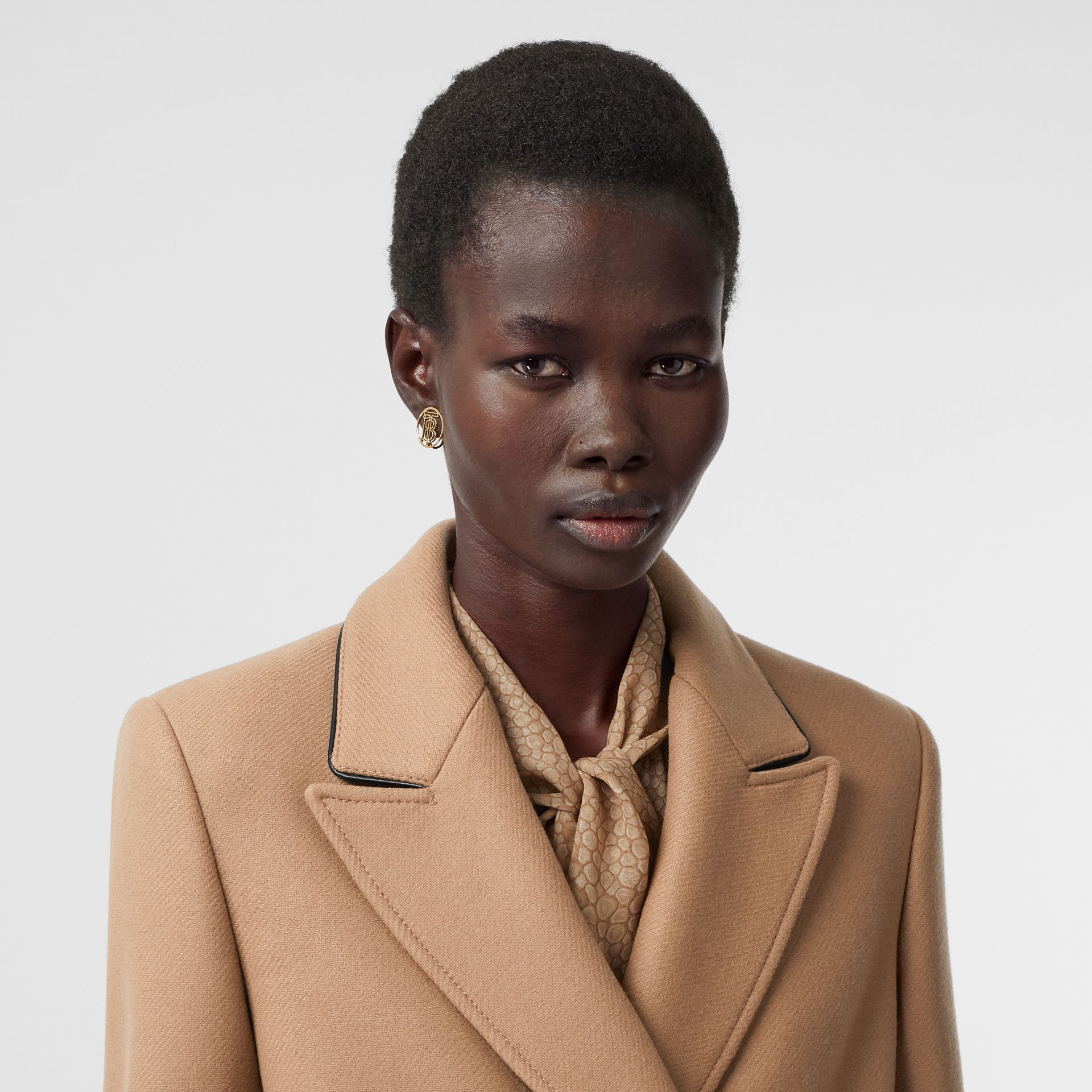 Lambskin Trim Wool Cashmere Blend Tailored Coat in Camel - Women | Burberry United Kingdom - gallery image 7