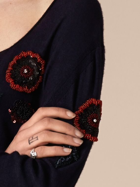 Navy Pullover in misto lana con perline cucite a mano - cell image 3