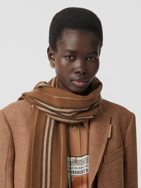 Icon Stripe Cashmere Scarf in Dark Chestnut Brown | Burberry - cell image 2