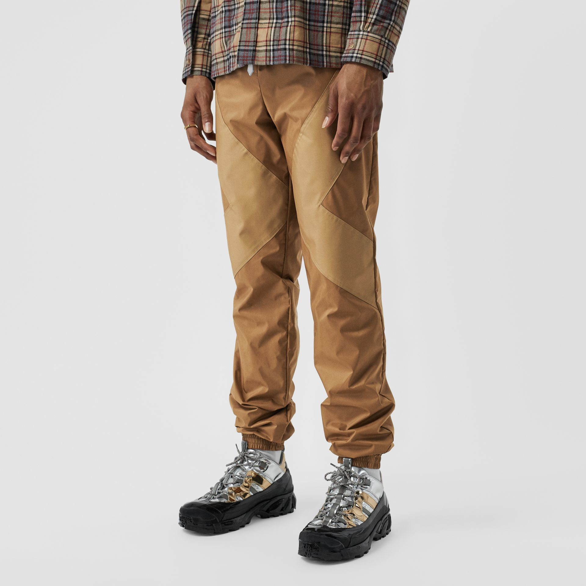 Two-tone Nylon Trackpants in Warm Walnut - Men | Burberry United States - gallery image 4
