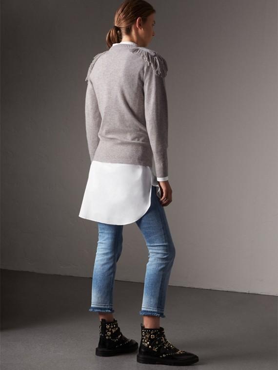 Pullover in lana e cashmere con passamanerie militari (Grigio Pallido Mélange) - Donna | Burberry - cell image 2