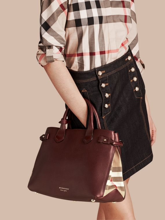 The Medium Banner in Leather and House Check in Mahogany Red - Women | Burberry - cell image 2
