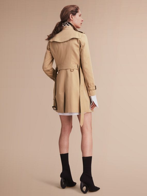 The Sandringham – Mid-Length Heritage Trench Coat Honey - cell image 2