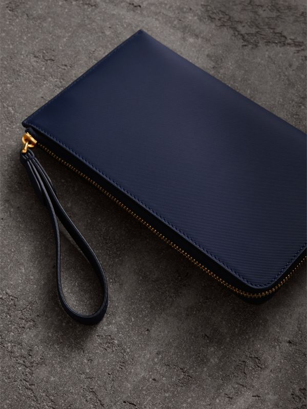 Two-tone Trench Leather Travel Wallet in Ink Blue | Burberry - cell image 2