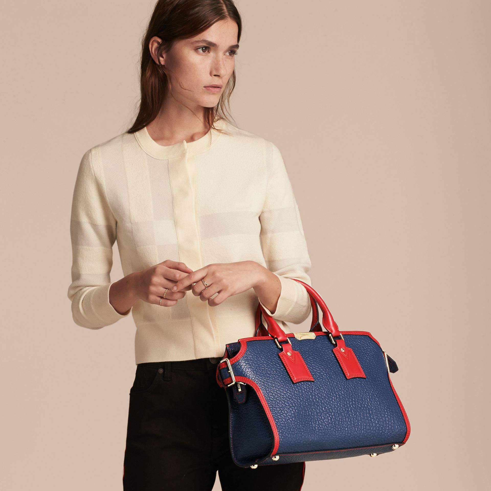 Blue carbon/parade red The Medium Clifton in Signature Grain Leather with Border Detail - gallery image 3