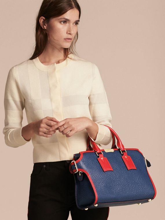 Blue carbon/parade red The Medium Clifton in Signature Grain Leather with Border Detail - cell image 2