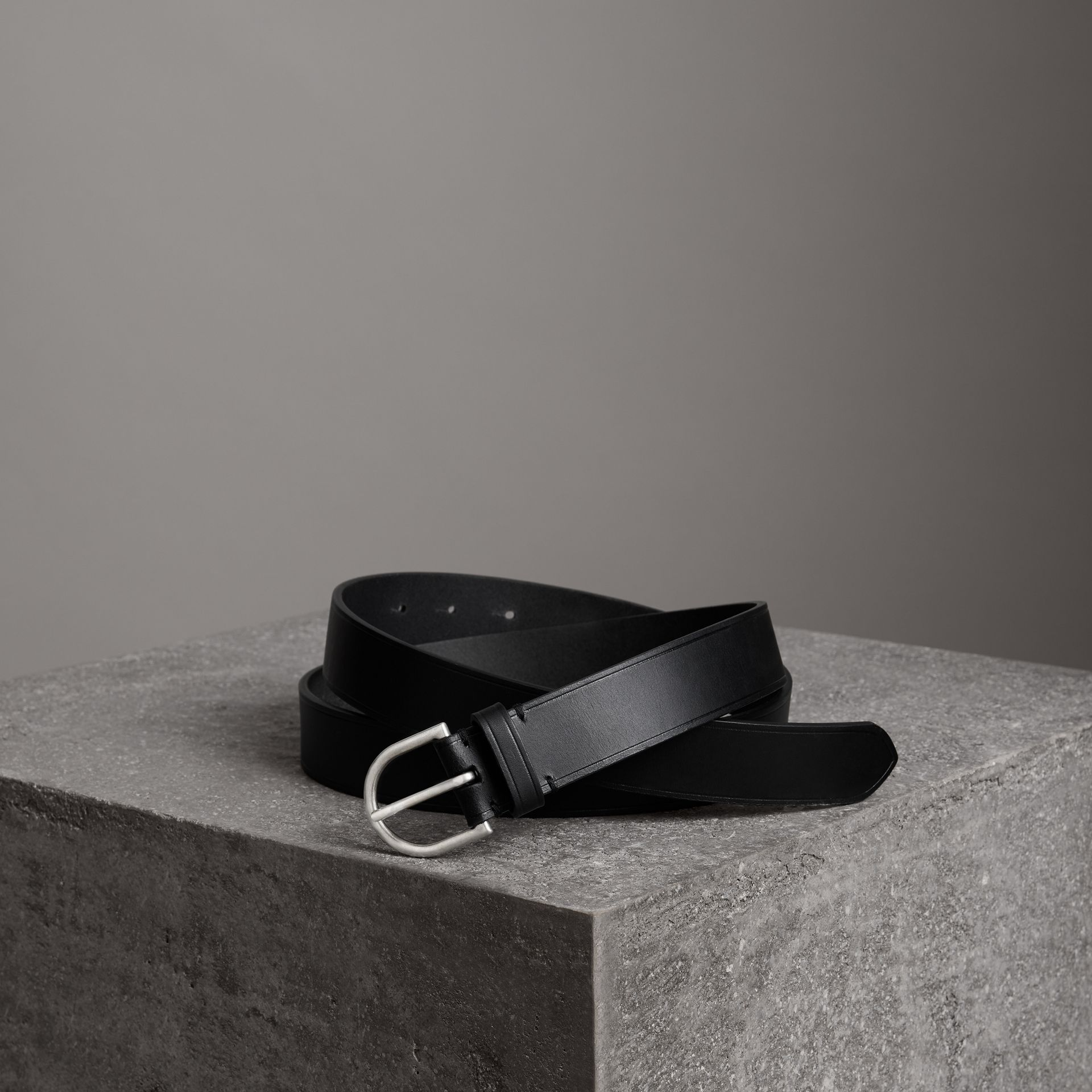 Bridle Leather Belt in Black - Men | Burberry United Kingdom - gallery image 0