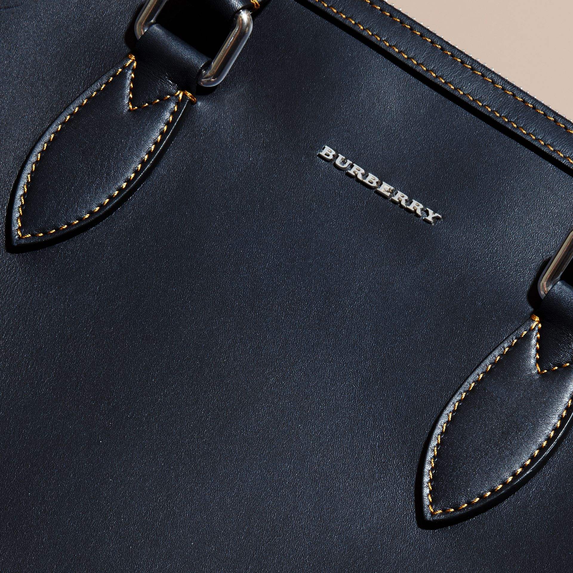 Dark navy The Slim Barrow in Smooth Leather - gallery image 2