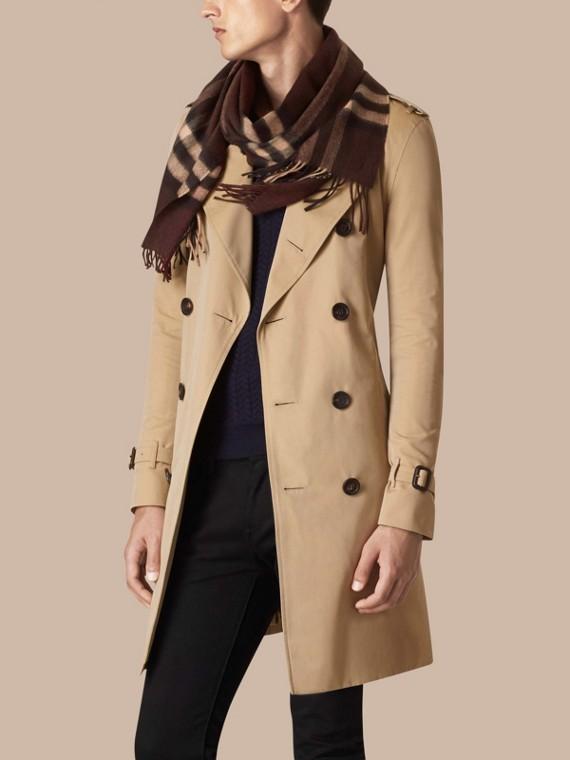 Check marrone castagna scuro Sciarpa in cashmere classica con motivo check Marrone Castagna Scuro - cell image 3
