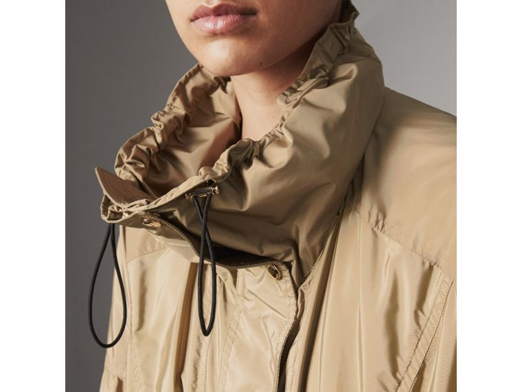 Packaway Hood Lightweight Rain Jacket in Sisal - Women | Burberry - cell image 4