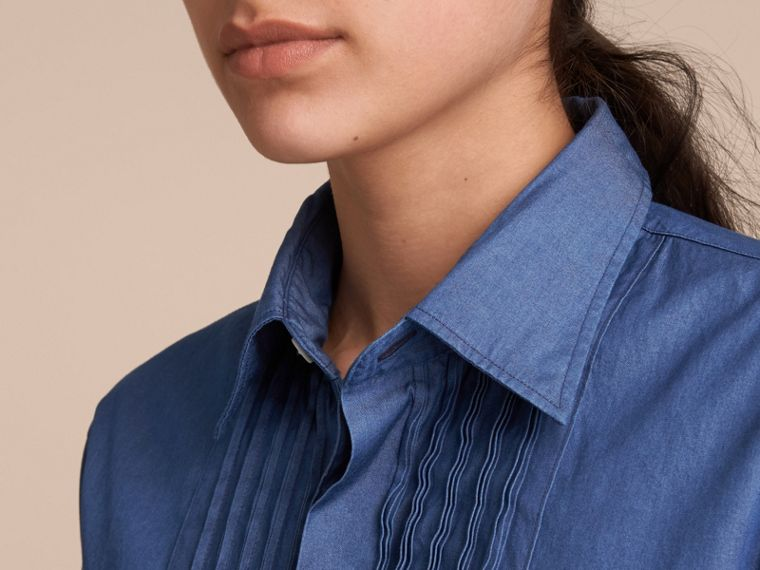 Unisex Double-cuff Pintuck Bib Cotton Shirt in Denim Blue - cell image 4