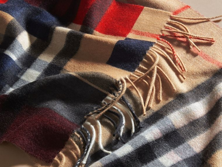 Parade red The Classic Cashmere Scarf in Colour Block Check - cell image 4