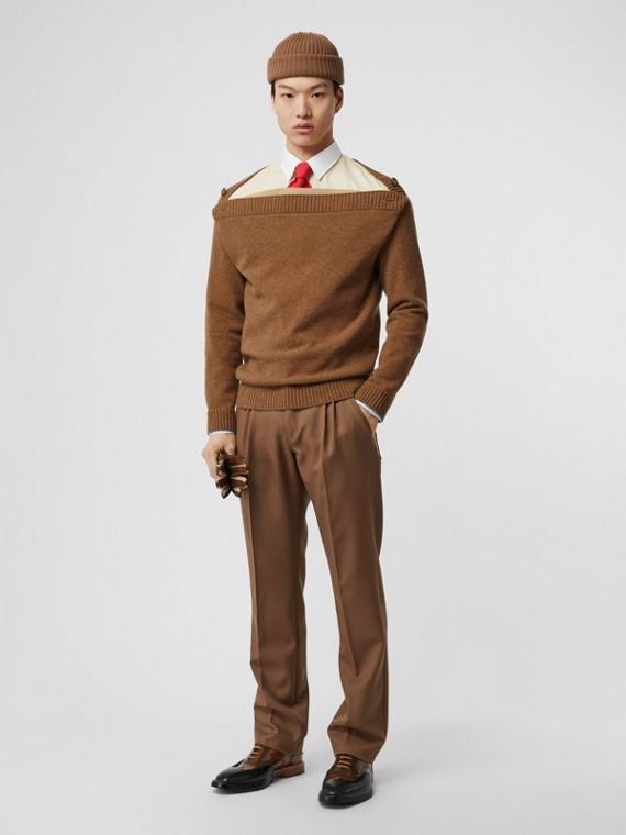 Pullover aus Wolle mit U-Boot-Ausschnitt (Dunkles Walnussfarben)