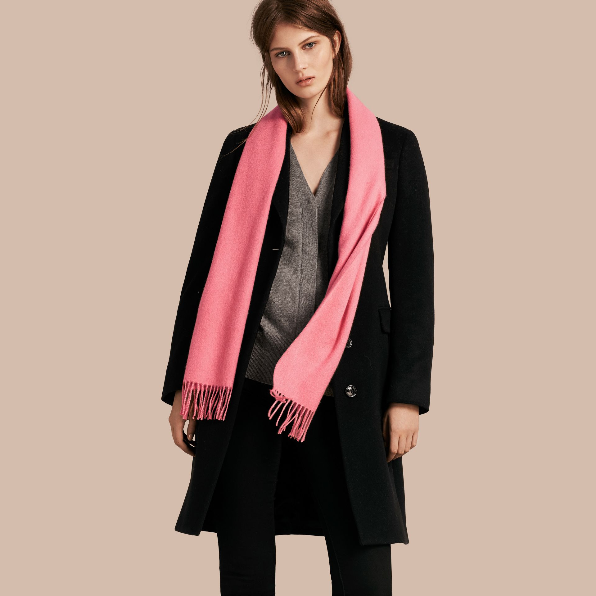 The Classic Cashmere Scarf Rose Pink - gallery image 3