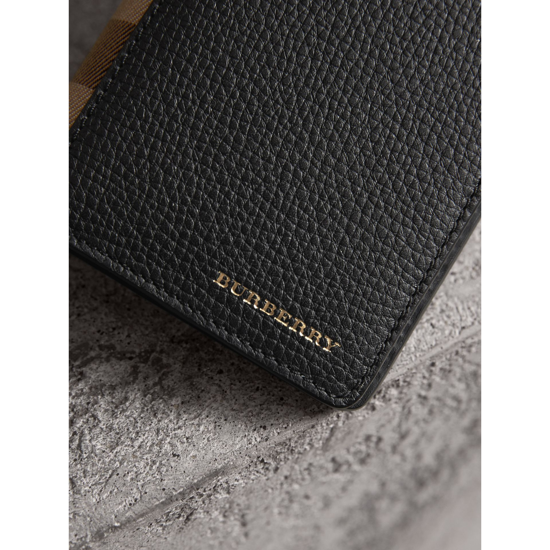 House Check and Grainy Leather Continental Wallet in Black | Burberry Australia - gallery image 4