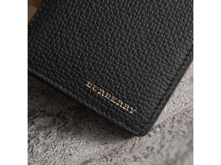 House Check and Grainy Leather Continental Wallet in Black | Burberry Australia - cell image 4