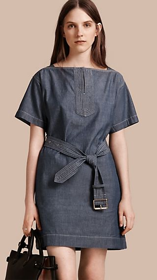 Short-sleeved Chambray Cotton Dress with Belt