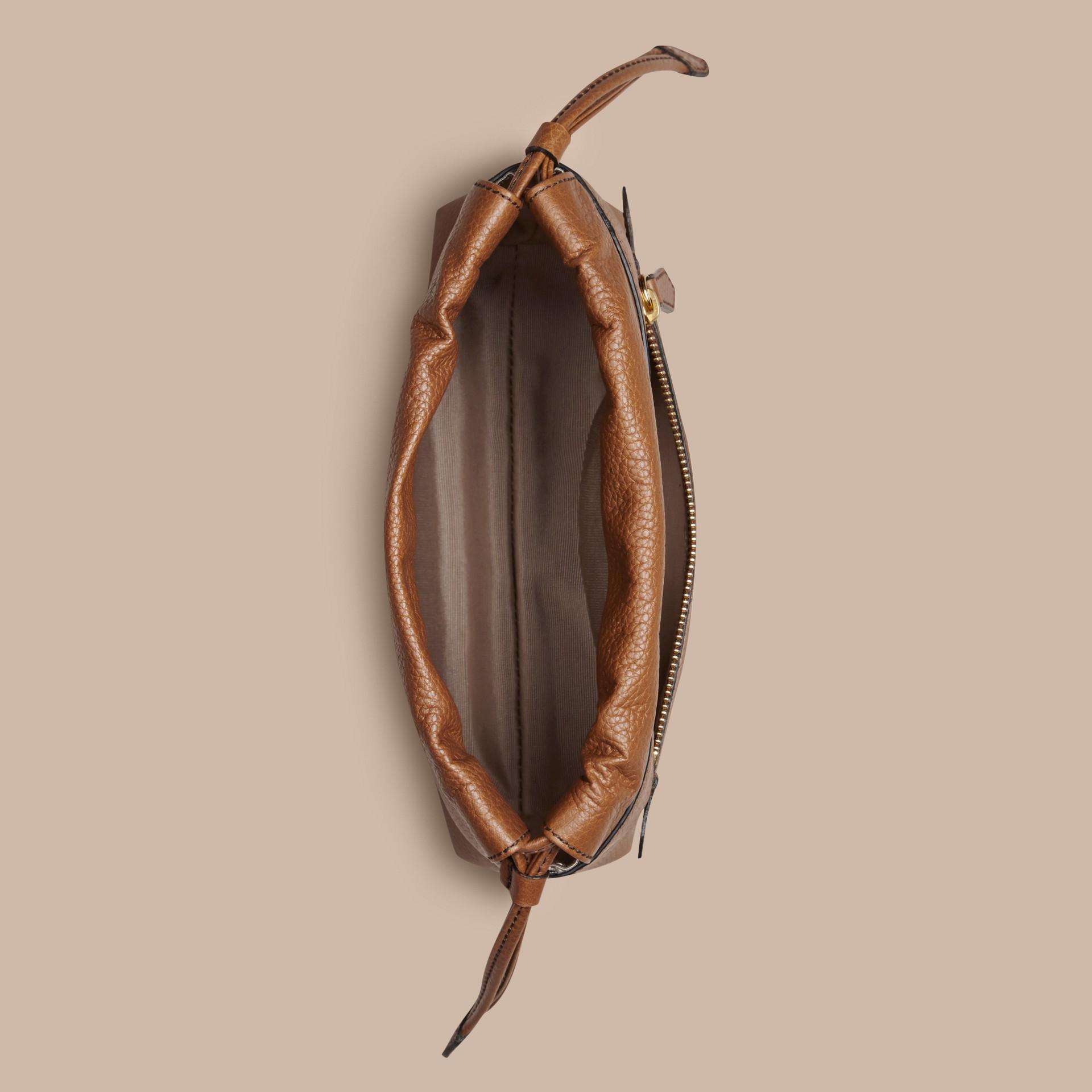 Hâle Sac The Mini Crush en cuir grené Hâle - photo de la galerie 2