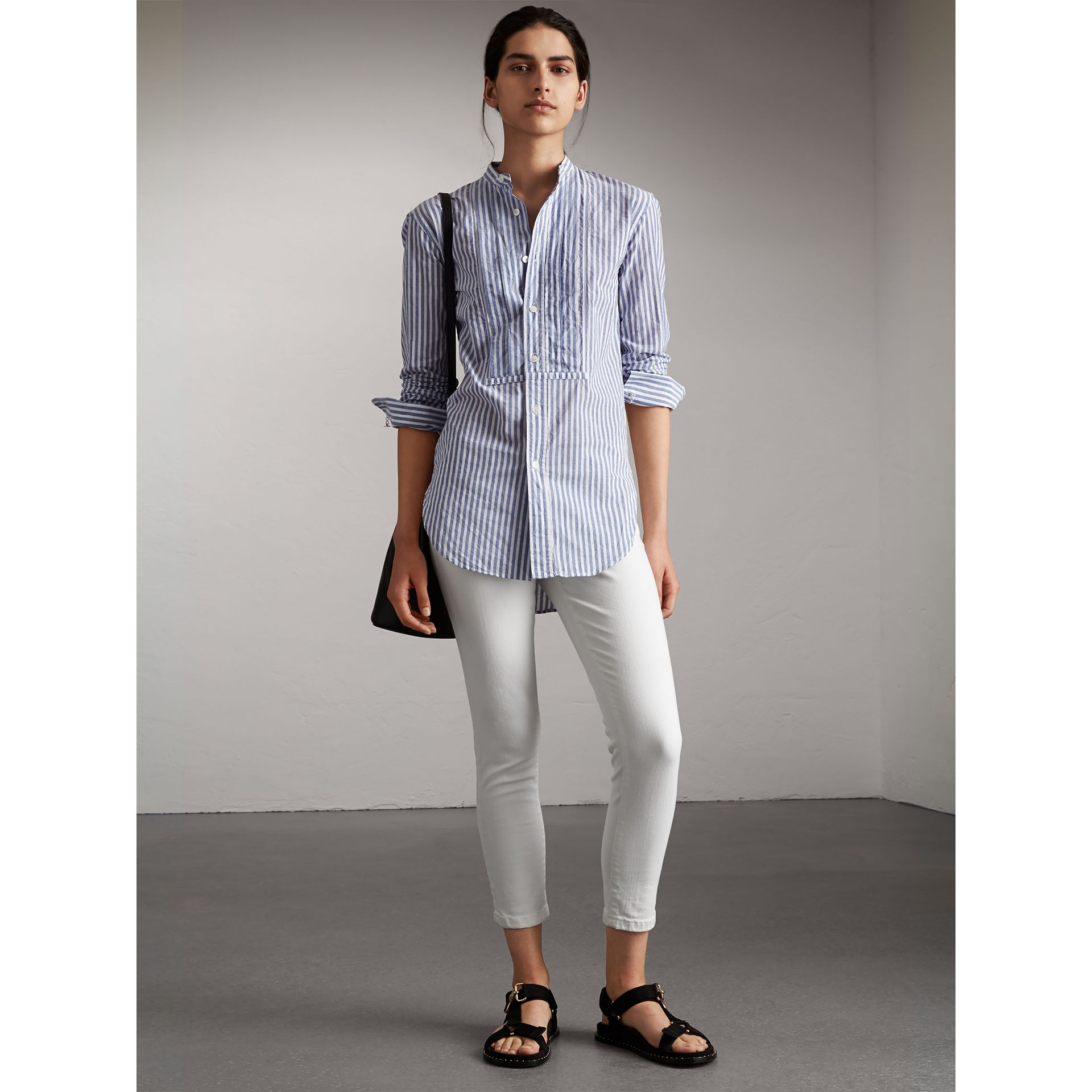 Skinny Fit Low-Rise Cropped Jeans in White - Women | Burberry - gallery image 1