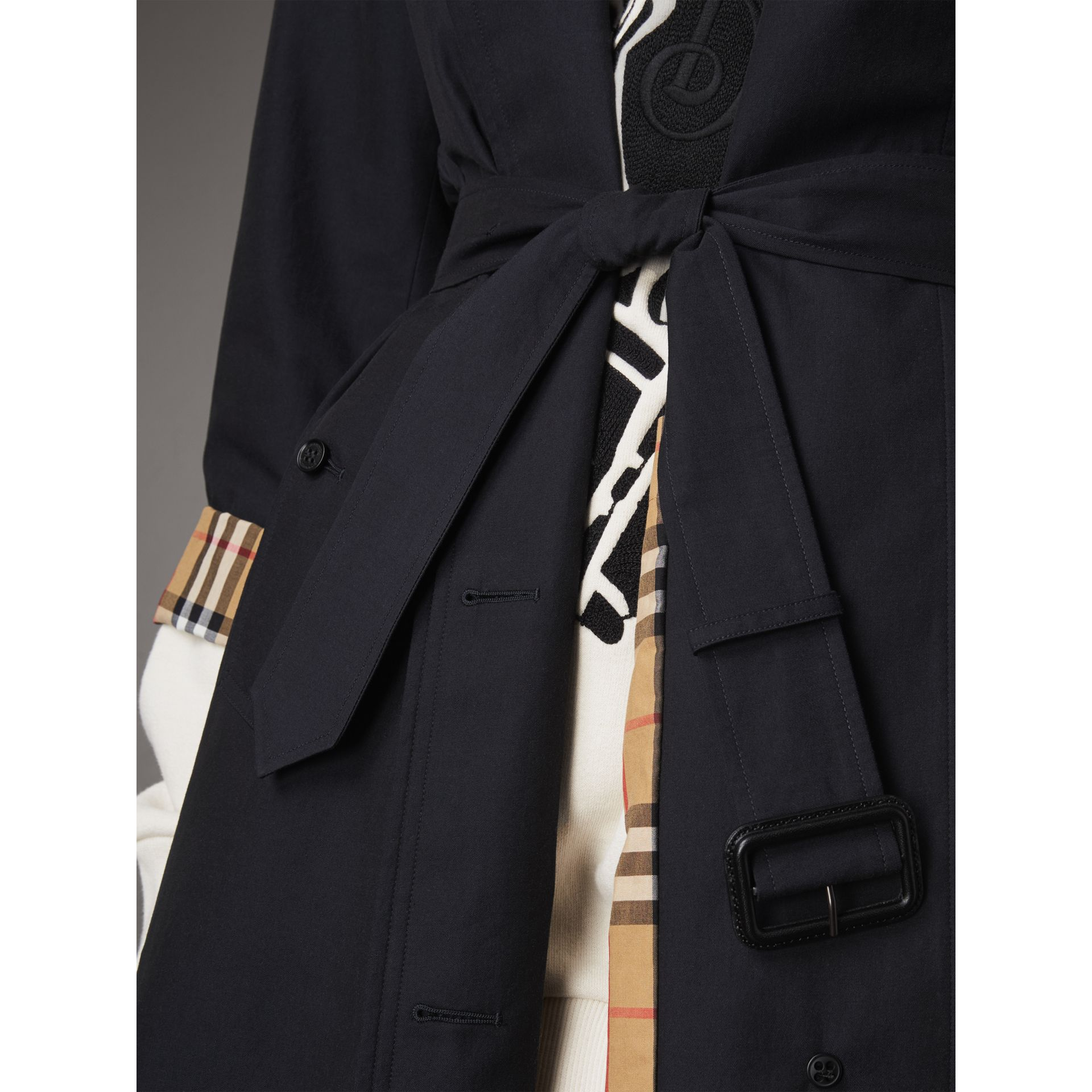The Brighton – Extra-long Car Coat in Blue Carbon - Women | Burberry Singapore - gallery image 5