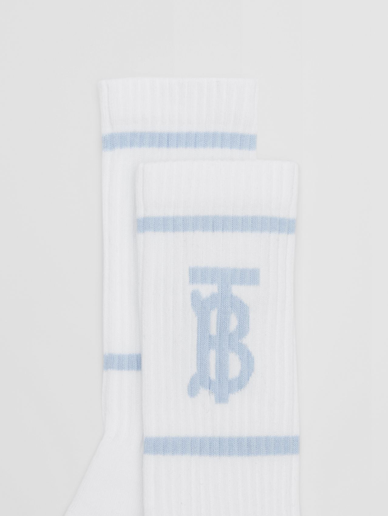 Monogram Motif Intarsia Socks (White/pale Blue)