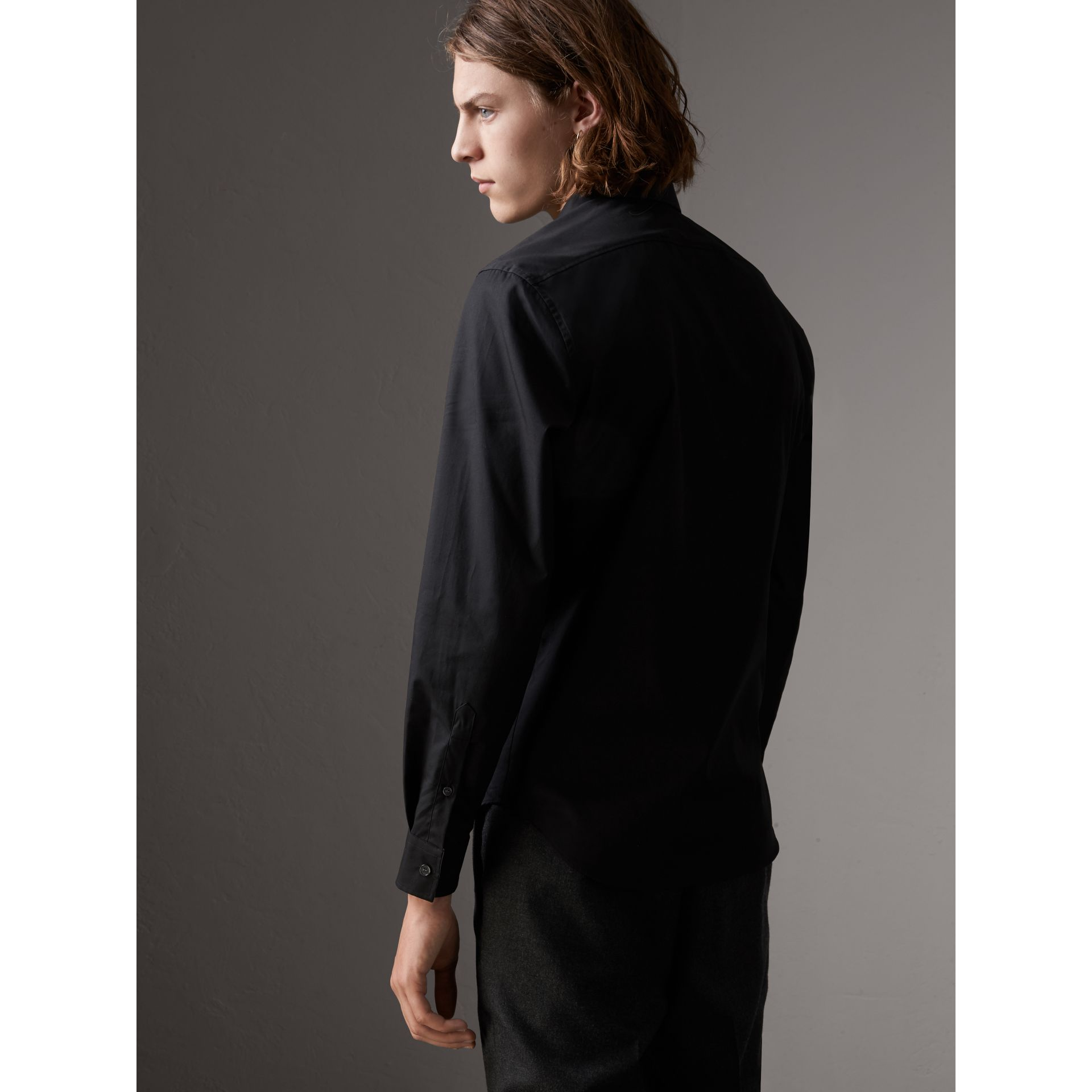 Check Detail Stretch Cotton Poplin Shirt in Black - Men | Burberry - gallery image 2
