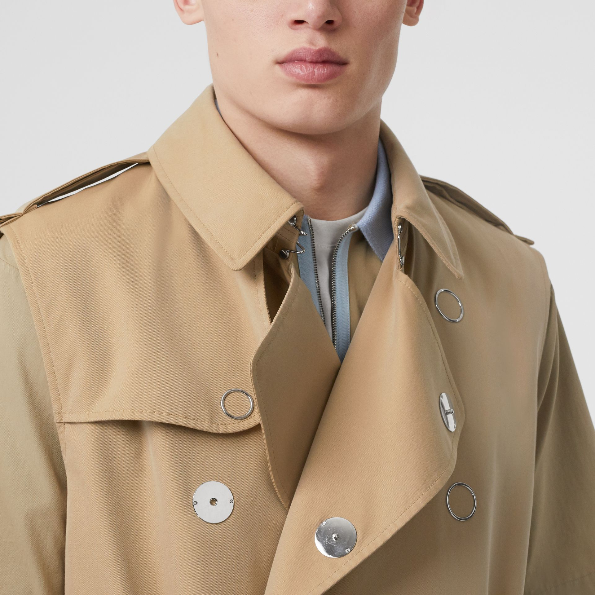 Sleeveless Cotton Gabardine Trench Coat in Honey | Burberry - gallery image 3