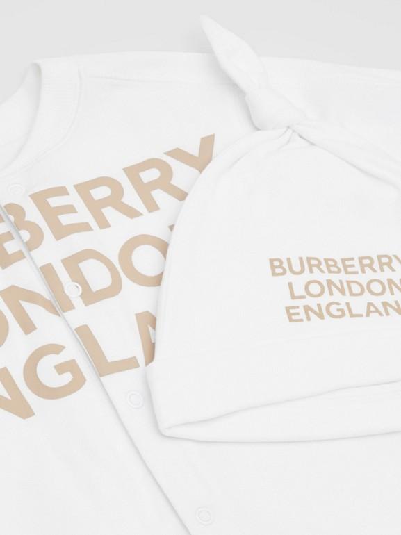 Set regalo da due pezzi in cotone biologico per neonato con stampa del logo (Bianco) - Bambini | Burberry - cell image 1