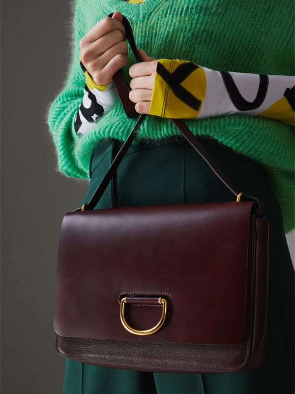 The Medium Leather D-ring Bag in Deep Claret - Women | Burberry United Kingdom - cell image 3