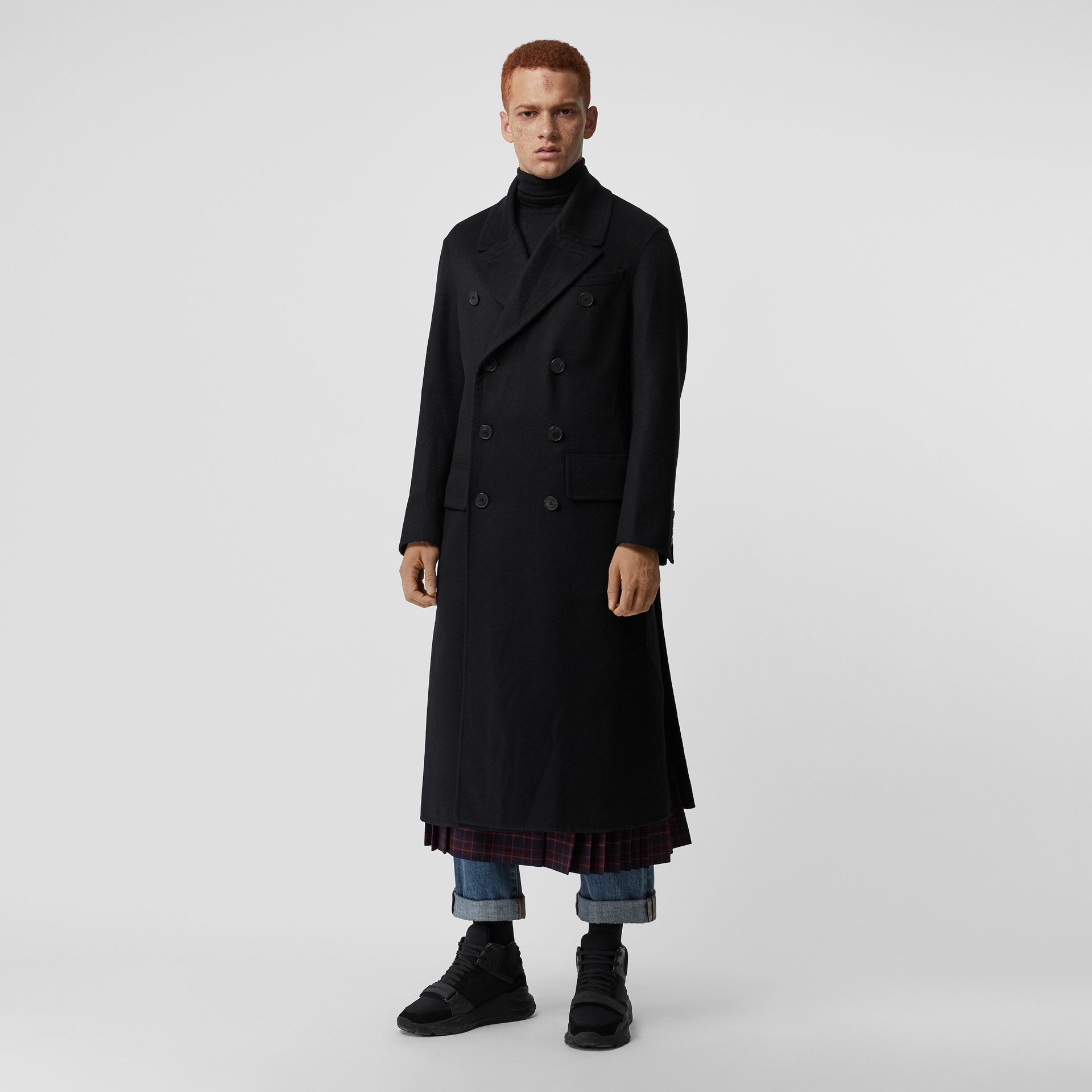 Manteau ajusté en cachemire double face (Noir) - Homme | Burberry - photo de la galerie 5