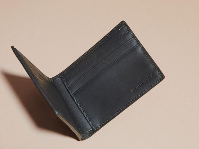 Black Colour Block London Leather Folding Wallet Black - cell image 4