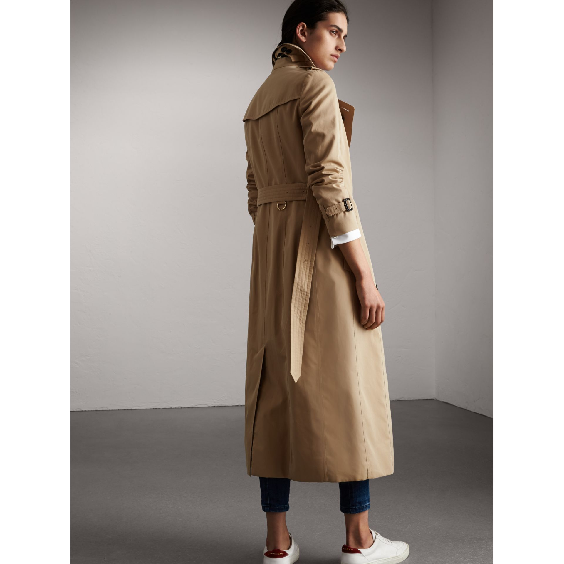 Long Cotton Gabardine Trench Coat in Honey - Women | Burberry - gallery image 3