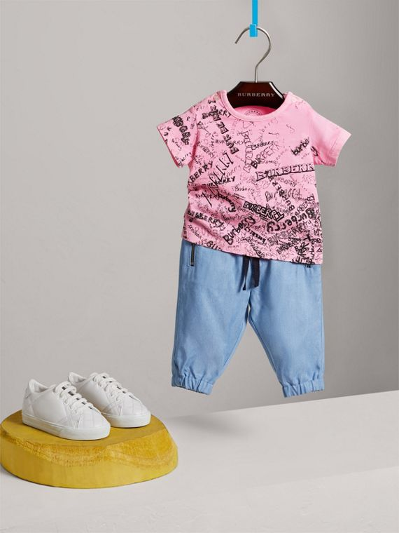 Doodle Print Cotton Jersey T-shirt in Bright Rose