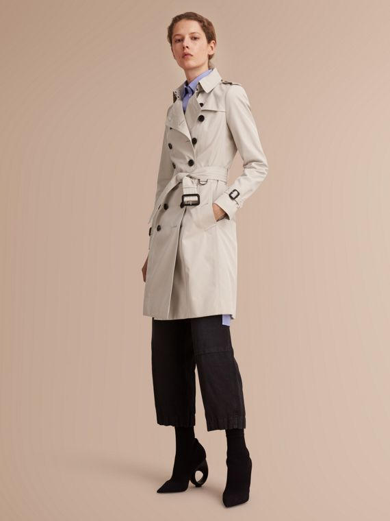 The Chelsea - Trench coat Heritage lungo (Pietra) - Donna | Burberry
