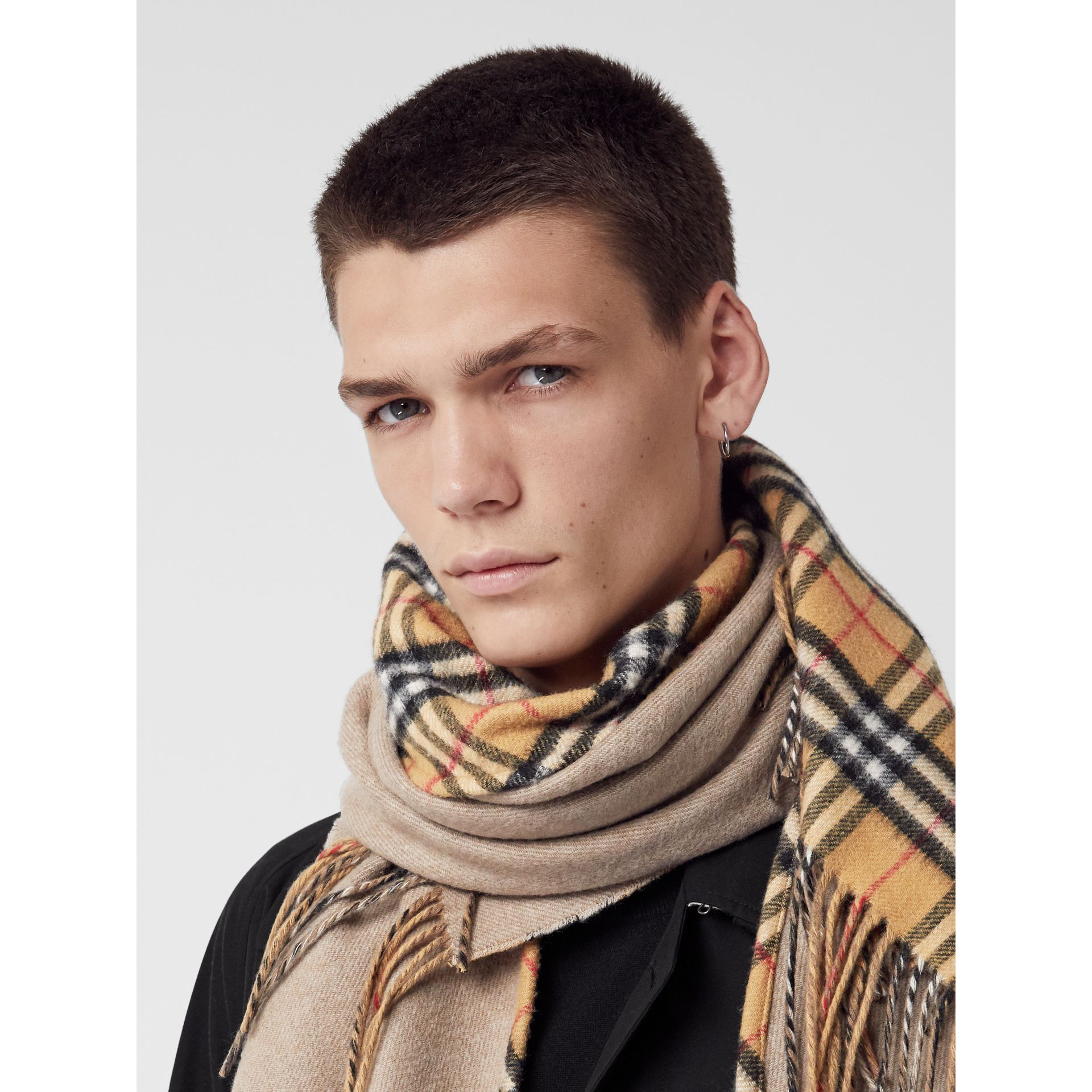 The Burberry Bandana in Vintage Check Cashmere in Sandstone | Burberry Australia - gallery image 7