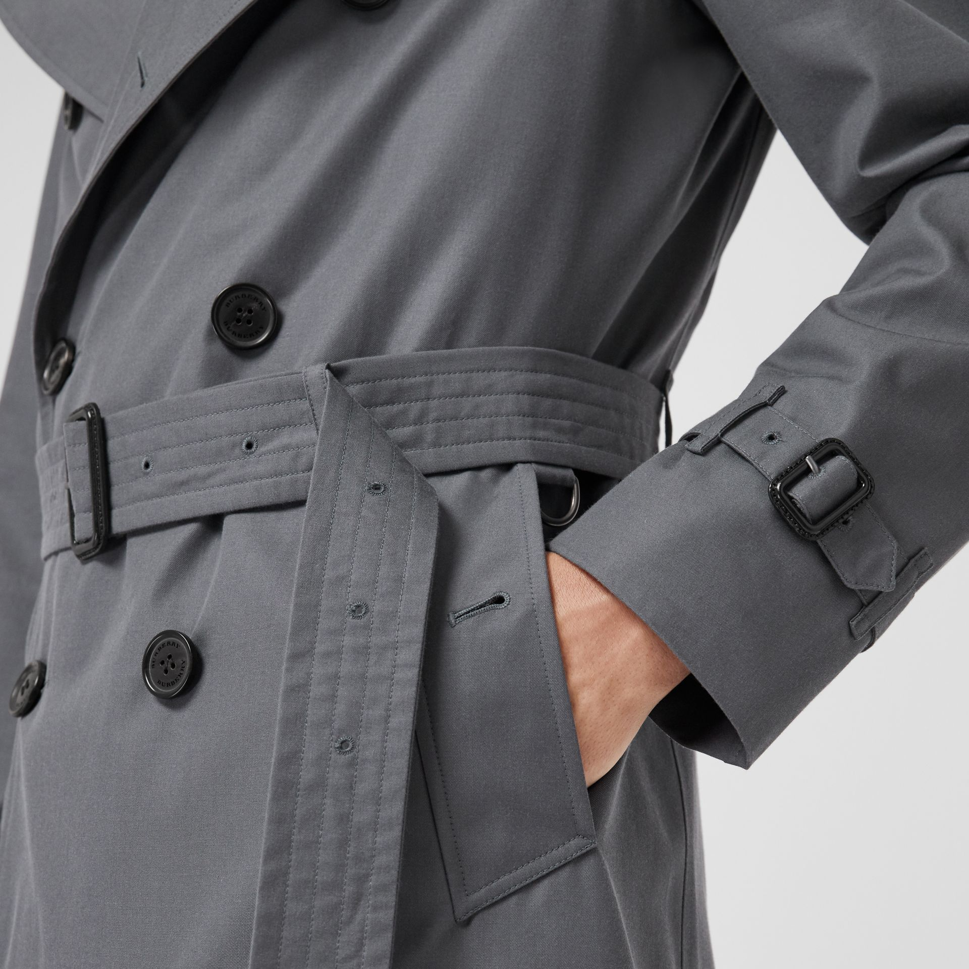 The Chelsea Heritage Trench Coat in Mid Grey - Men | Burberry Canada - gallery image 4