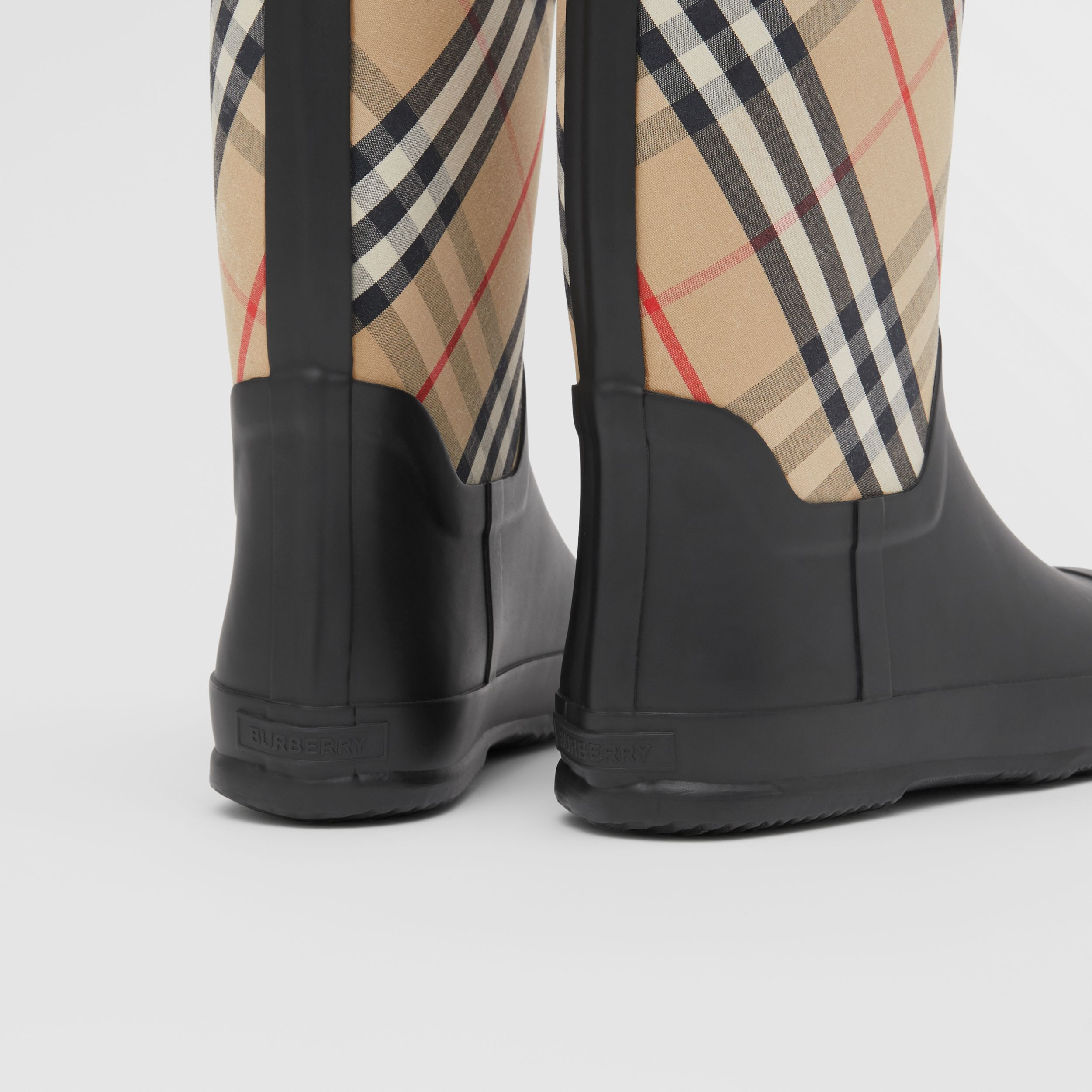 House Check Rubber Rain Boots in Archive Beige - Children | Burberry - 2