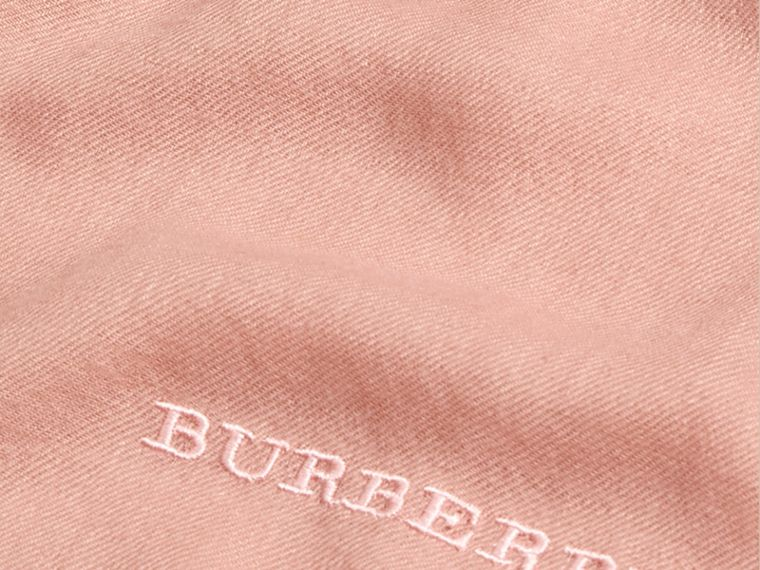 The Lightweight Cashmere Scarf in Ash Rose | Burberry Australia - cell image 4