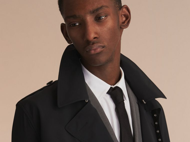 Lightweight Double-breasted Trench Coat - cell image 4