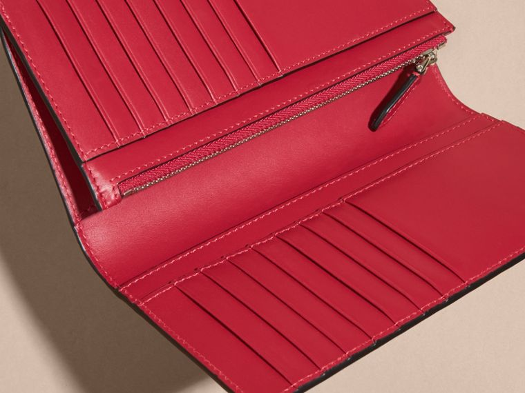 London Check and Leather Continental Wallet in Parade Red - cell image 4