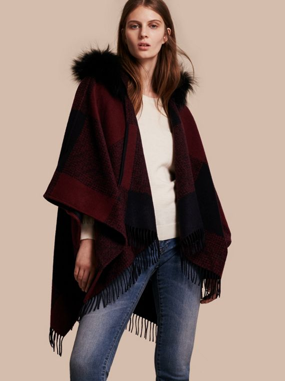 Fur-trimmed Buffalo Check Wool Cashmere Poncho Claret