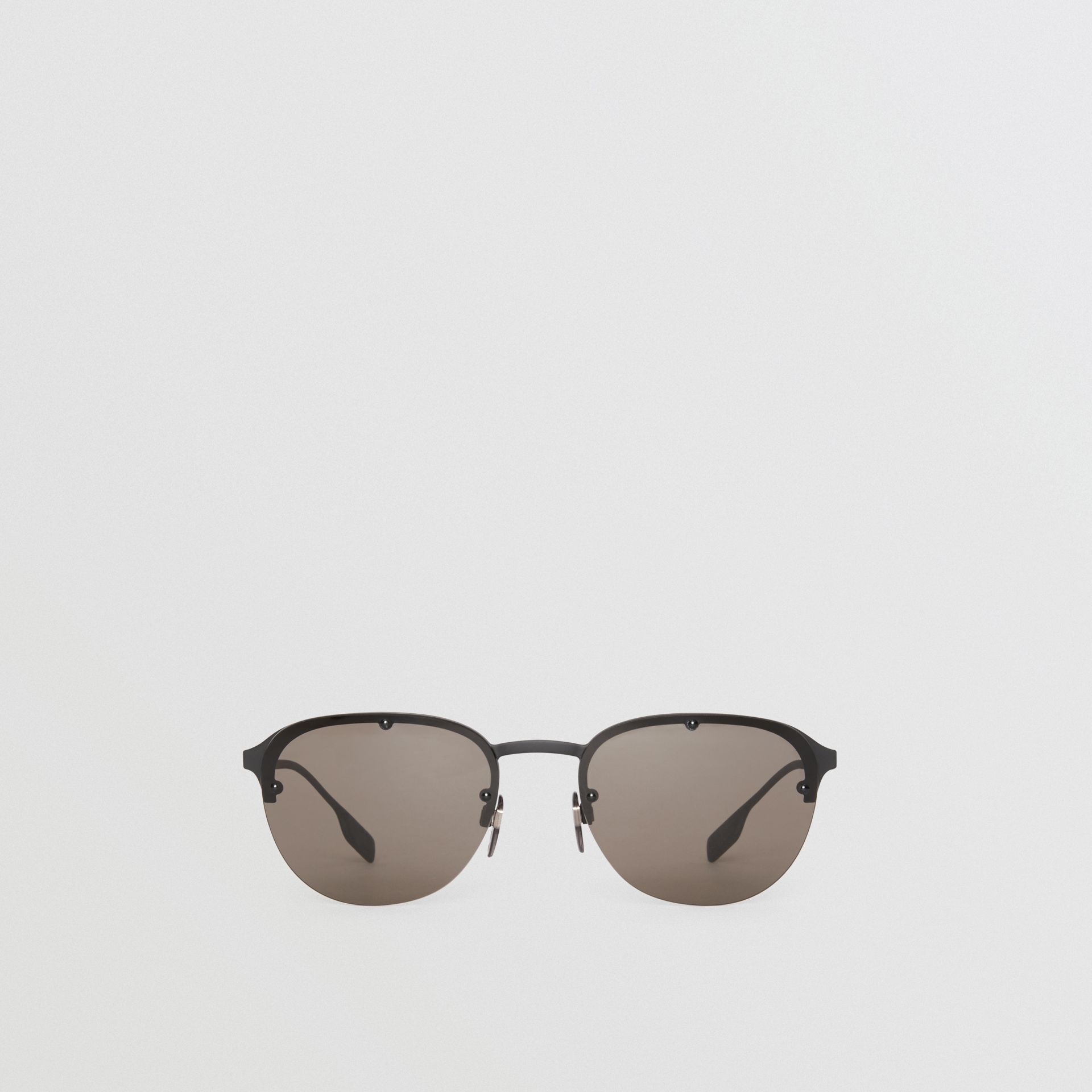 Round Frame Sunglasses in Black - Men | Burberry - gallery image 0