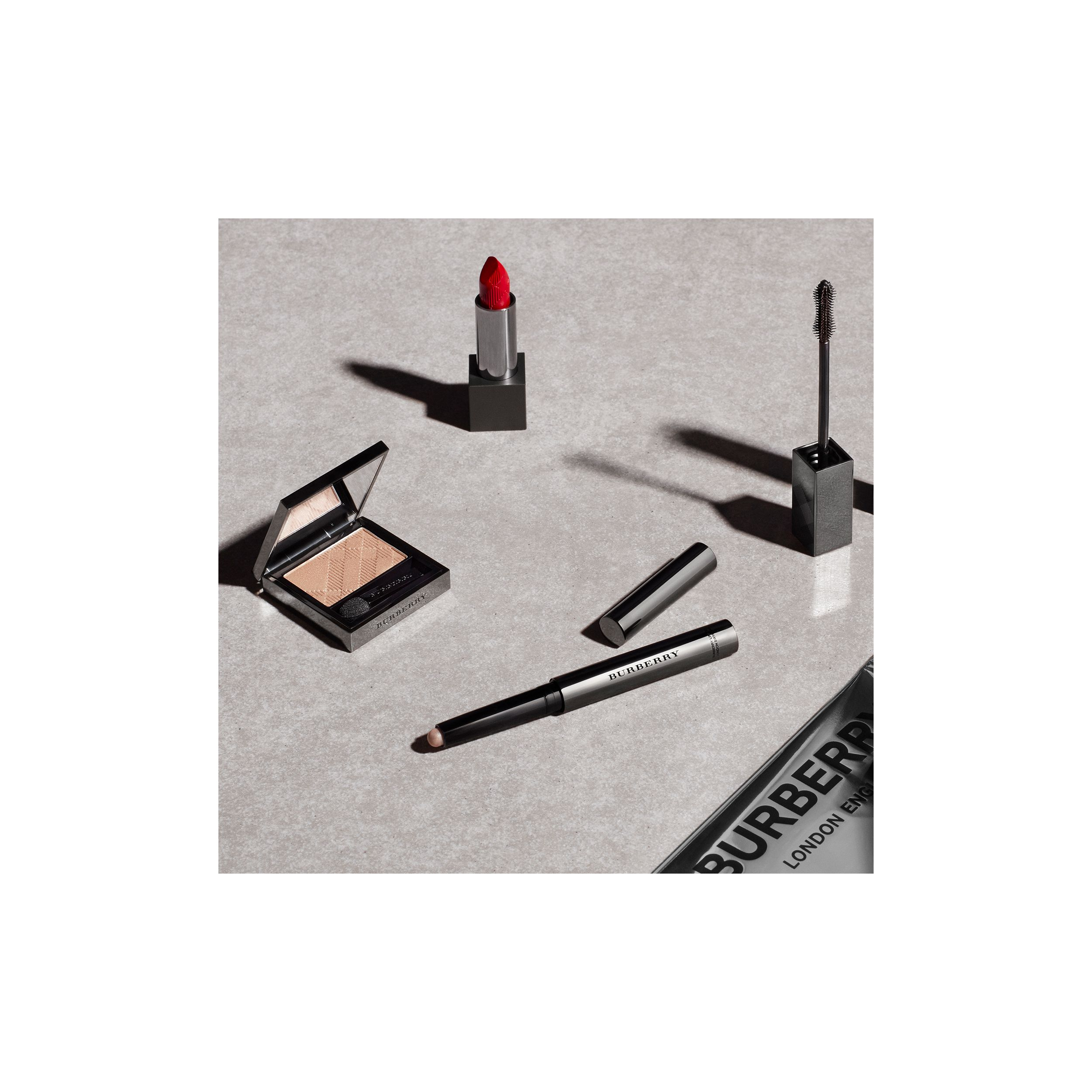 Lip Velvet Military Red No.429 (Red 429) - Femme | Burberry Canada - 3