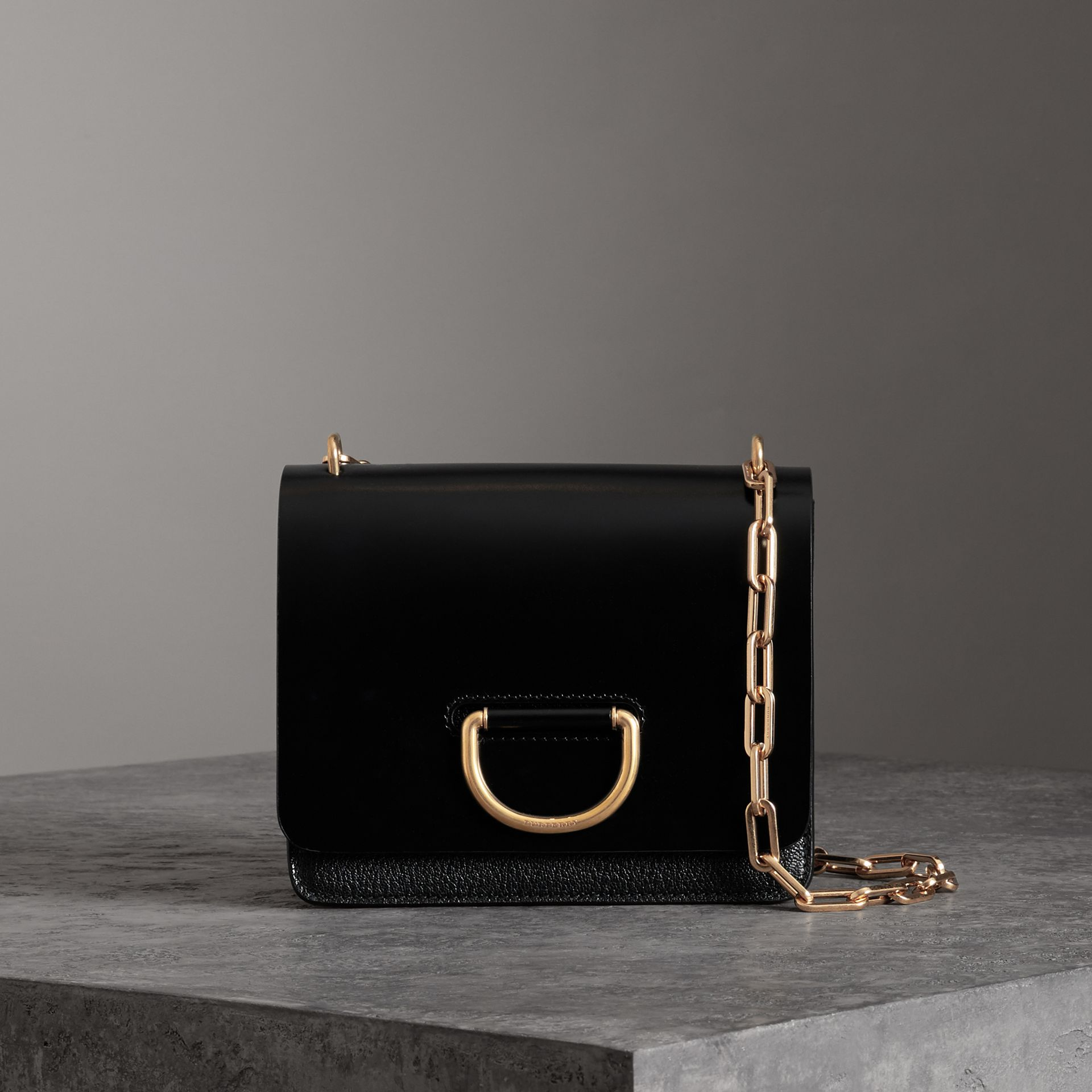 The Small D-Ring Bag aus Leder (Schwarz) - Damen | Burberry - Galerie-Bild 0