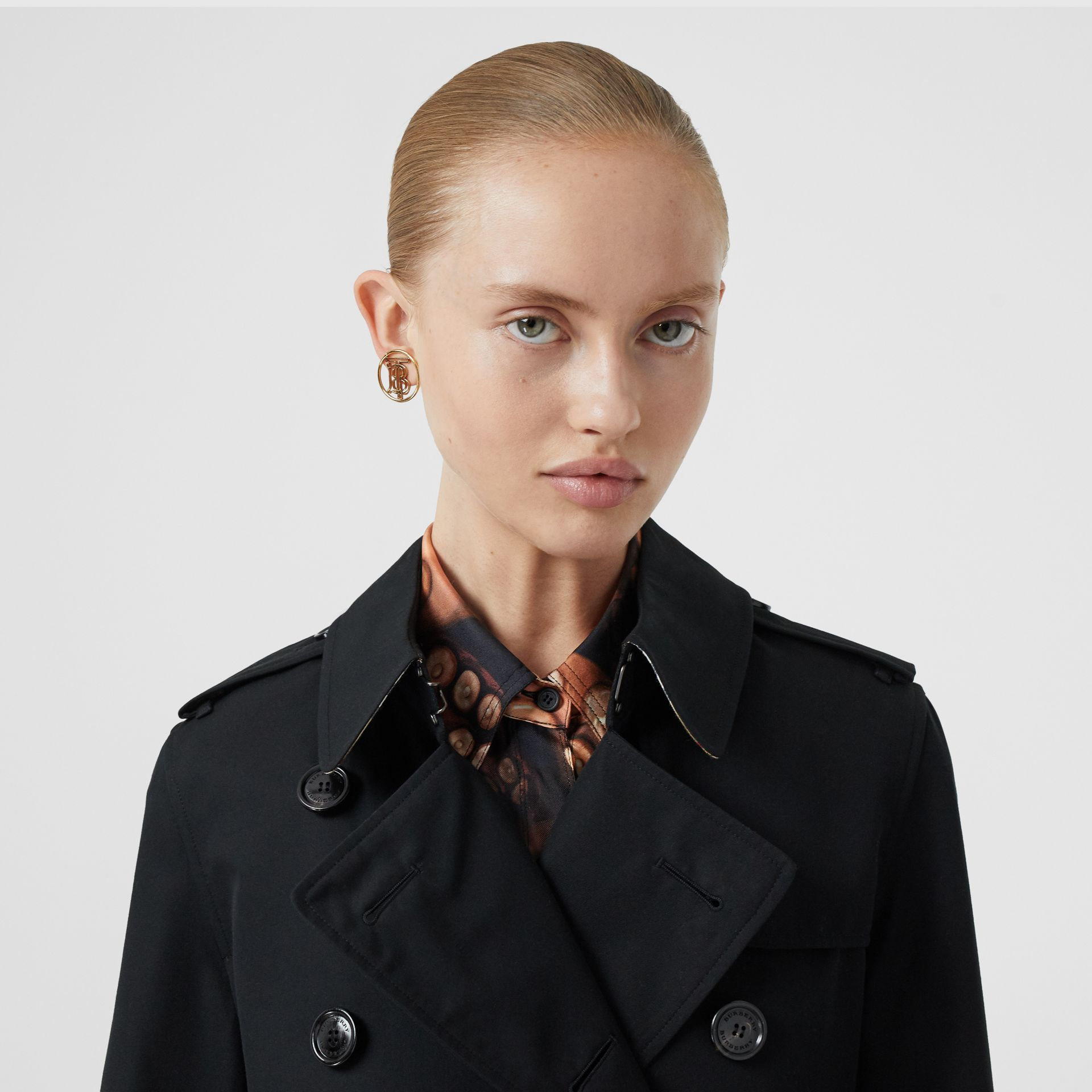 Kensington Fit Cotton Gabardine Trench Coat in Black - Women | Burberry - gallery image 1