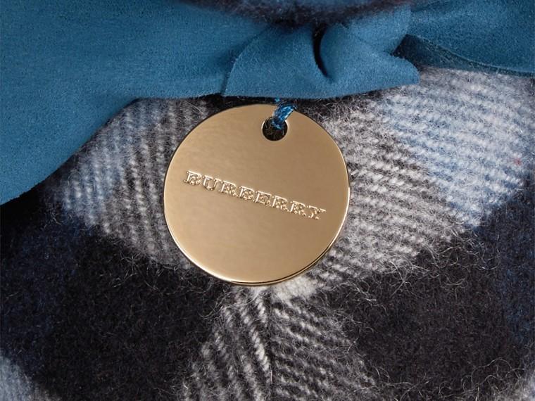 Blu marine Orsetto Thomas in cashmere con motivo check Blu Marine - cell image 1