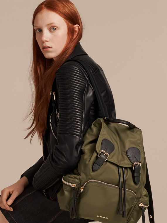 The Medium Rucksack in Technical Nylon and Leather Canvas Green - cell image 2