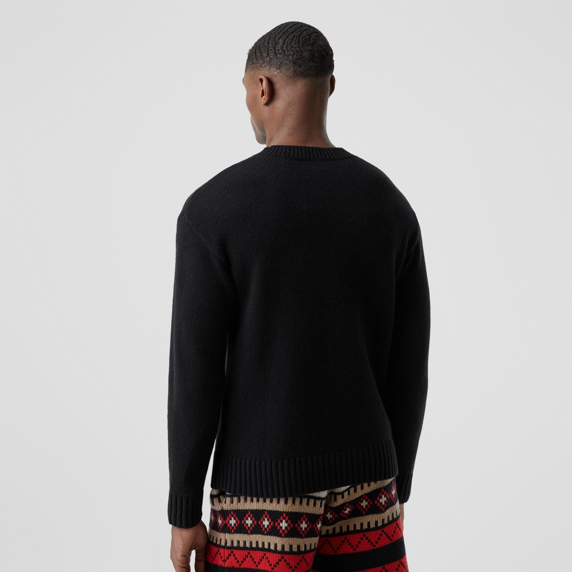 Slogan Intarsia Cashmere Sweater in Black - Men | Burberry - gallery image 2